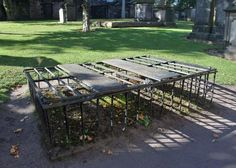Grave Cages and Medical Murder: The Body-Snatching Era in Scotland