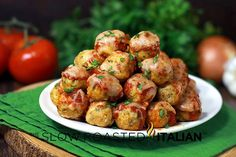 Chicken Parmesan Meatballs- use oats or home made whole wheat bread crumbs for healthier option