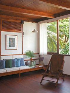 Casa de praia combina modernidade com o modo de vida local - Casa