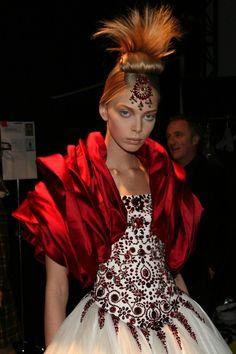 Tanya Dziahileva at Alexander McQueen f/w 2008 backstage