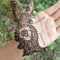 ideas simple art drawings people artists for 2019 Kashee's Mehndi Designs, Modern Henna Designs, Mehndi Design Pictures, Mehndi Designs For Girls, Mehndi Designs For Fingers, Mehndi Patterns, Latest Mehndi Designs, Mehandhi Designs, Stylish Mehndi