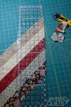 Binding tutorials ... this is shows how to make a scrappy bias binding and how to calculate. Simple, yet fabulous!  ***********************************************   (repin Jaybird Quilts) #quilting #binding