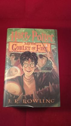 Harry Potter and the Goblet of Fire Hardcover, jacket has a fold