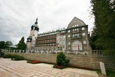 Dom Zdrojowy w Świeradowie Zdroju wybudowany w 1899 roku według projektu znanego architekta o nazwisku Grosser.