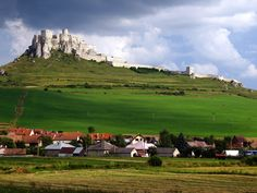 28 beautiful places to go in Slovakia. World's Most Beautiful, Beautiful World, Beautiful Places, Medieval Castles In Europe, Gate Pictures, Bodiam Castle, Château Fort, World Photo, Central Europe