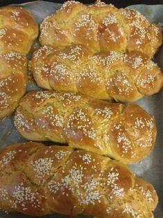 Εύκολο τσουρέκι Bread, Food, Breads, Bakeries, Meals