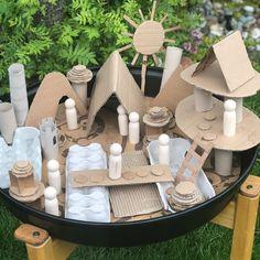 Toddler Learning Activities, Play Based Learning, Home Learning, Infant Activities, Preschool Activities, Sensory Bins, Sensory Play, Reggio Emilia, Cardboard Play