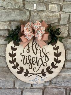 Home Decor & Gifts - Front Door Decor - Mattie Lu Amish Furniture, Solid Wood Furniture, Custom Door Hangers, Decorating Your Home, Decorating Ideas, Front Door Decor, Saved Items, Seasonal Decor, Free Design