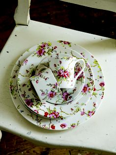Cath Kidston Blossom Sprig china from 2006 - dinner plate, salad plate, rimmed soup bowl, teacup & saucer, mug