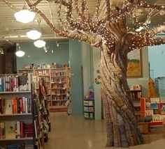 Fabric tree sculpture in the kids' reading area at Indigo Bridge Books in Lincoln, NE. Good inspiration for the Monkeypod Tree. Reading Nook Kids, Reading Tree, Reading Room, Classroom Tree, Classroom Decor, Fake Trees, Fabric Tree, Tree Sculpture, Sculpture Ideas