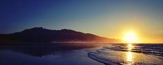 Raglan Beach Sunset, New Zealand 4928×1997