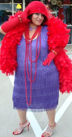 plus flapper dress in 1920 – Dresses store Dallas Vintage Shop, Cool Costumes, Costume Ideas, Vintage Outfits, Red Hat Ladies, Wearing Purple, High Quality Costumes, Red Hat Society, Flapper Costume