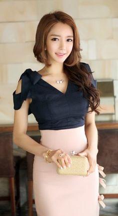 LUXE ASIAN KOREAN FASHION 2A14B42C71-Top34