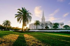Scott Jarvie is on a mission to capture and compile pictures of every LDS temple in the United States. The Orlando Florida Temple is pictured here.  (Scott Jarvie)