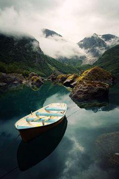 Lac de Bondhusvatnet, Parc national de Folgefonna, Norvège