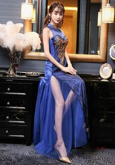 evening dresses tips – Lady Dress Designs Short Beach Dresses, White Maxi Dresses, Sexy Dresses, Cute Dresses, Evening Dresses, Dresses Uk, Cheongsam, Shooting Photo, Beautiful Asian Women