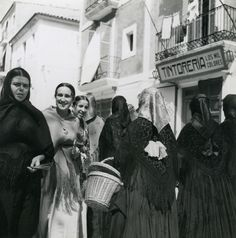 Man Ray, Ibiza Formentera, Harper's Bazaar, Traditional Outfits, Glamour, History, Painting, Architecture, 30 Years