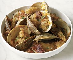 Steamed Clams with Fried Bread and Bacon recipe