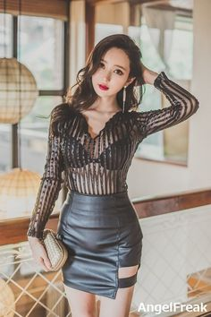 Leather Dresses, Leather Skirt, Satin Bluse, Cute Woman, Beautiful Asian Girls, Leather Fashion, Fitness Fashion, Asian Beauty, Korean Fashion