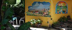 El Rincón Típico del Sopón. Comida a la carta, y su especialidad en sopa de patas y de gallina (platillos típicos de El Salvador). Santa Ana.