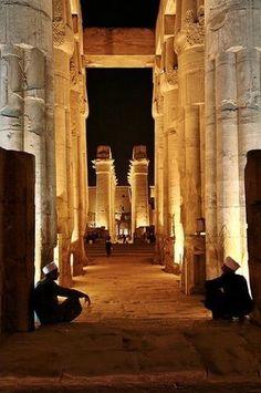 Tempio di Luxor, Offerte Vacanze Egitto http://www.italiano.maydoumtravel.com/Offerte-viaggi-Egitto/4/1/22