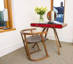 Designer Stuart Padwick Wat een gaaf bureautje / bijzettafel / computertafel