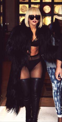 Lady Gaga                                                                                                                                                      Más