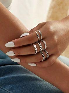Snake rings fashion animal rings for women snake ring vintage jewelry rings for men adjustable size – diamond rings vintage Hand Jewelry, Womens Jewelry Rings, Cute Jewelry, Vintage Jewelry, Jewelry Accessories, Women Jewelry, Vintage Rings, Boho Jewelry, Fashion Rings