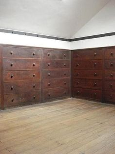 Shaker Village of Pleasant Hill, KY .  http://www.remodelista.com/posts/house-call-shaker-village