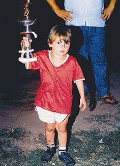 La leyenda de Leo Messi empezó en Rosario levantando trofeos. :)