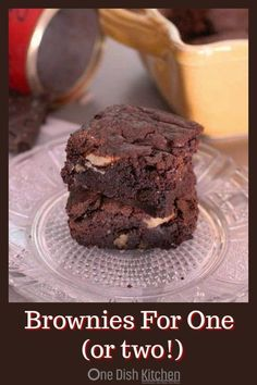 Brownie Recipe For One  a quick and easy single serving brownie recipe for rich chewy and pretty close to perfect brownies. This brownie recipe yields the perfect amount for one or two people. | One Dish Kitchen | #brownierecipe #smallbatch #desserts #singleserving #chocolate ...rand Stover also ownsYou will notice that the low carb versions generally cost more than the sugar sweetened ones That price difference results becaus...s generally cost more than the sugar sweetened ones That price… Single Serve Brownie, Single Serve Desserts, Single Serving Recipes, Small Desserts, Easy Desserts, Dessert Recipes, Mini Desserts, Serving Dishes, Healthy Desserts