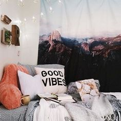 Definitive Solution for Room Inspo Bedroom Decor Urban Outfitters - Dillardshome Urban Outfitters Zimmer, Urban Outfitters Room, Dream Bedroom, Home Bedroom, Girls Bedroom, Bedroom Decor, Bedrooms, Dorm Rooms, House Rooms