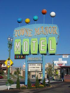 Towne Manor Motel - Canton, Ohio #googie