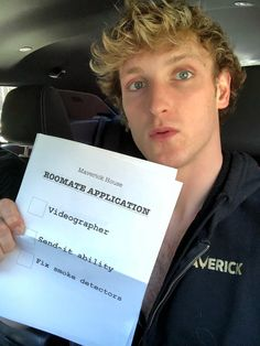 Logan Paul room mate application for the Maverick House. And please I can do all of these meeeee please Logan Paul Friends, Logan Jake Paul, Jake Paul Merch, Logang Paul, The Quiff, Long Hair On Top, Cute Twins, Country Girl Quotes, Vintage School
