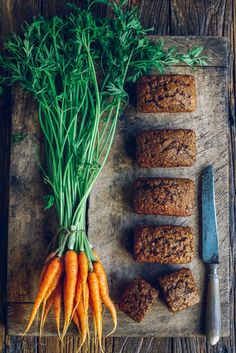 Mini Carrot Loaves. Looks really good. #Food #Recipe #LivingoutSocialPins