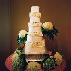 Five tiers for the bride and groom! #LuxBride