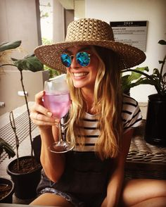 Margot Robbie Shares Super Chill Holidays Instagram from Down Under from InStyle.com