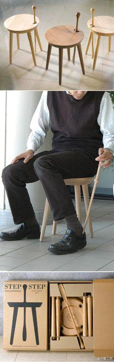 """日本Kawakami Design工作室(川上元美)设计的""""STEP STEP (Stool and Shoehorn)""""将板凳和鞋拔子结合起来,非常适合玄关使用,曾获2010年日本家居用品设计大奖。"""