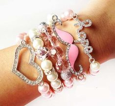 Cute Arm Candy Styles to Try - Glam Bistro