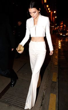 Kendall Jenner looks gorgeous out in Paris! Love this outfit!