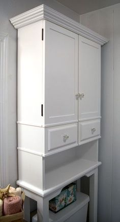 The RunnerDuck Bathroom Cabinet plan, is a step by step instructions on how to build an over the toilet bathroom cabinet.