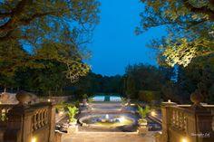 Christopher Luk - Toronto Wedding Portrait Event Photographer - Graydon Hall Manor - Ceremony Rear Backyard Patio Garden Exterior Evening Lighting Sunset Landscaping Estate Stone Fountain Long Exposure Old Trees