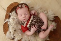 Newborn Set: Newborn Lace Romper & Tutu by LovelyBabyPhotoProps Foto Newborn, Newborn Care, Newborn Photo Props, Newborn Photos, Cute Dog Clothes, Newborn Girl Outfits, Dog Outfits, Colorful Animals, Pet Costumes