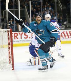 San Jose Sharks forward Joe Pavelski reacts after scoring a 1st period goal (Feb. 2, 2015).