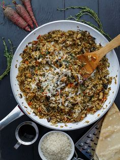 Autumn and winter are all about the root veggies, so give this carrot, leek, and mushroom risotto a try! Pure comfort food!