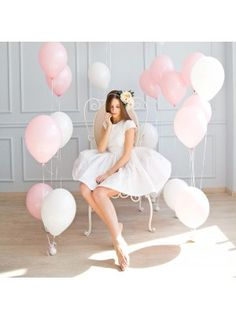 Achers white jacquard dress which can be also family look Balloons Photography, Birthday Photography, Girl Photography, Balloon Background, Blank Background, Marble Balloons, Event Agency, Best Photo Poses, Photoshoot Themes