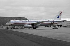 United Airlines Retro Airbus 320 N475UA SFO 2014