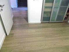 Natural oak flooring   פרקט אלון מעושן  יורם פרקט טל: 050-9911998 http://www.2all.co.il/web/Sites1/yoram-parquet/PAGE15.asp