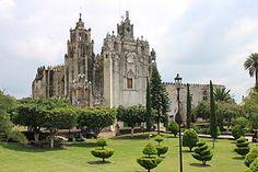 Templo y Antiguo Convento de San Mateo Apóstol, Atlatlahucan.