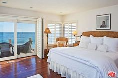 21516 Pacific Coast Hwy, Malibu, CA 90265 -  $9,995,000 Luxury Home and House Property For Sale Image